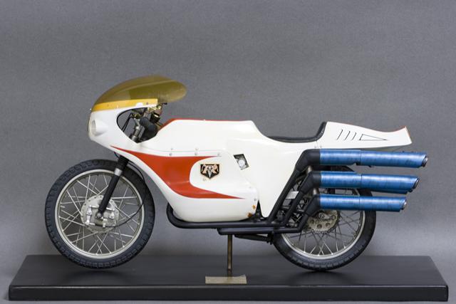 レインボー造形企画謹製の中古フィギュア「RMW仮面ライダー旧1号&旧サイクロン号」-09