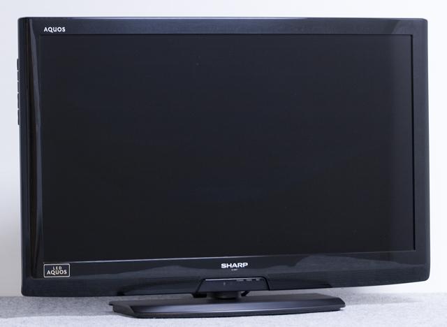 SHARP:シャープの32V型液晶テレビ:TV、LED AQUOS:アクオス「LC-32V7」-01