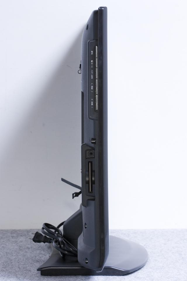 SHARP:シャープの32V型液晶テレビ:TV、LED AQUOS:アクオス「LC-32V7」-06