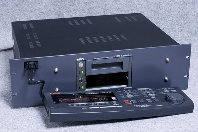 FOSTEX:フォステクスのデジタルマルチトラックレコーダー「D2424LV」-04