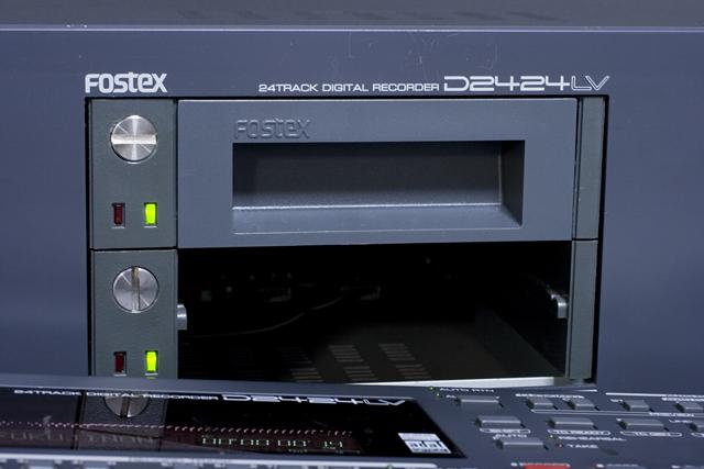 FOSTEX:フォステクスのデジタルマルチトラックレコーダー「D2424LV」-05