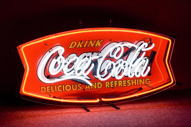 Penny Japan:ペニージャパンの「Coca-Cola:コカ・コーラ」ネオン管サイン看板-01