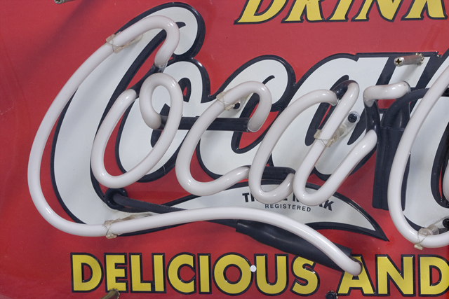 Penny Japan:ペニージャパンの「Coca-Cola:コカ・コーラ」ネオン管サイン看板-05