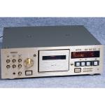 TEAC:ティアックのカセットデッキ「V-6030S」