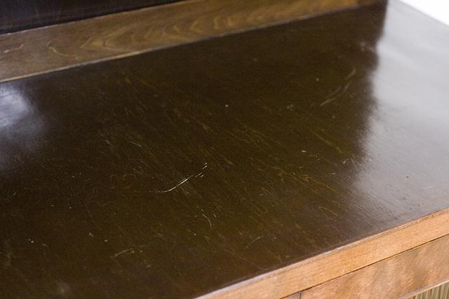 アンティークな古いモールガラスの収納棚-19