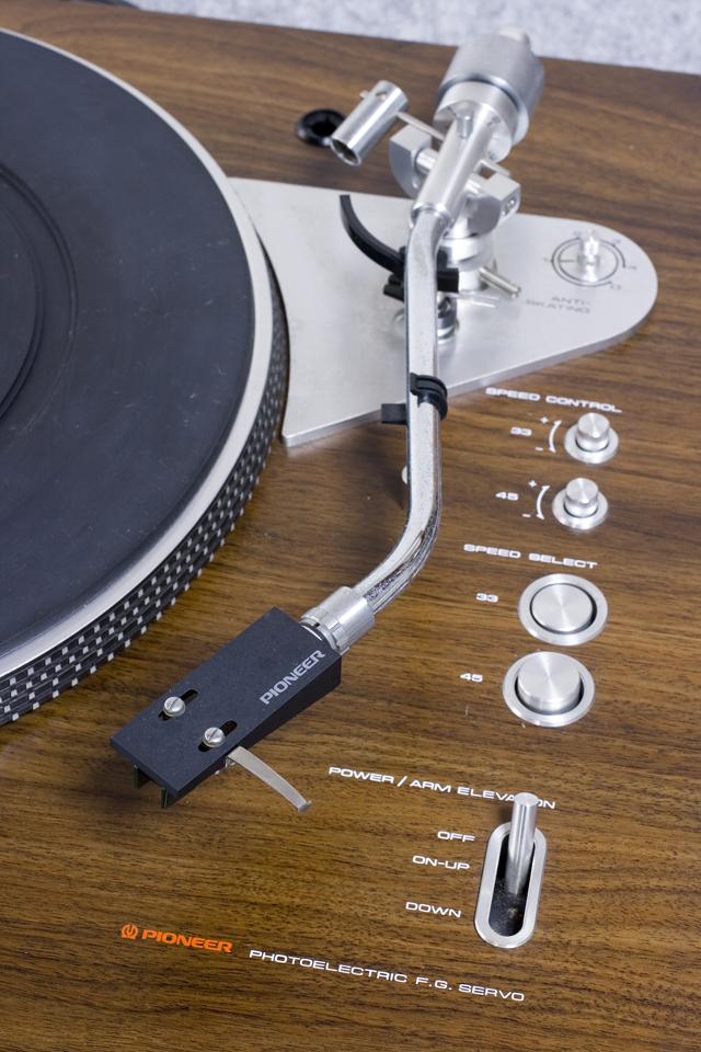 Pioneer:パイオニアのDDレコードプレーヤー「PL-1250」-11