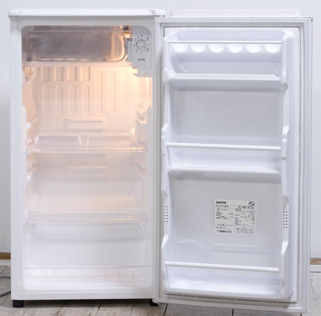 SANYO:サンヨーの直冷式1ドア冷蔵庫「SR-YM80」-03