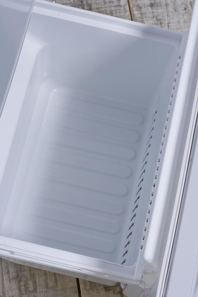 SHARP:シャープの2ドア冷蔵庫「SJ-14T」-07