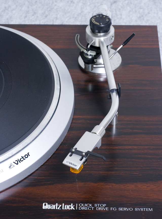 Victor:ビクターのレコードプレーヤー「QL-7R」-11