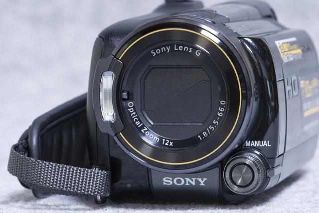 SONY:ソニーのデジタルHDビデオカメラレコーダー「HDR-XR520V」-05