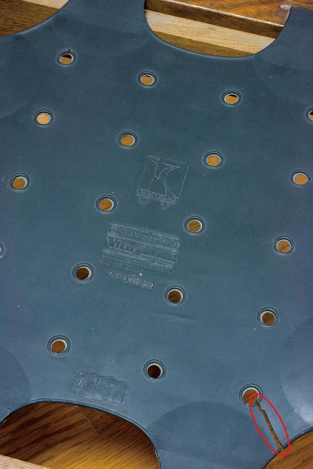 キツツキマークの飛騨産業「穂高」シリーズの3人掛けソファ「肘掛付きチェア:No6R/O/L」セット-10