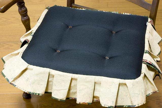 キツツキマークの飛騨産業「穂高」シリーズの3人掛けソファ「肘掛付きチェア:No6R/O/L」セット-22