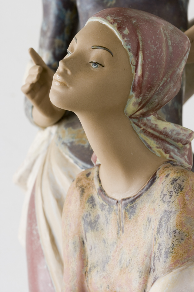 LLADRO:リヤドロの陶磁器人形:大型フィギュリン「12070|COIFFERE:コフレ|髪をすく姉妹」-22