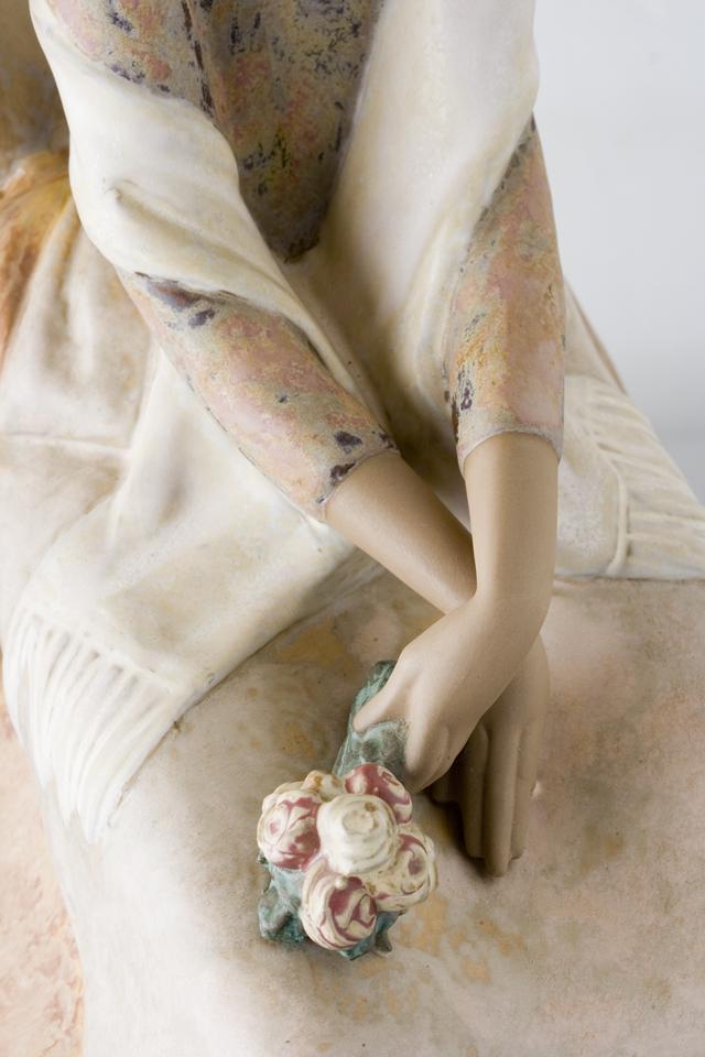 LLADRO:リヤドロの陶磁器人形:大型フィギュリン「12070|COIFFERE:コフレ|髪をすく姉妹」-30