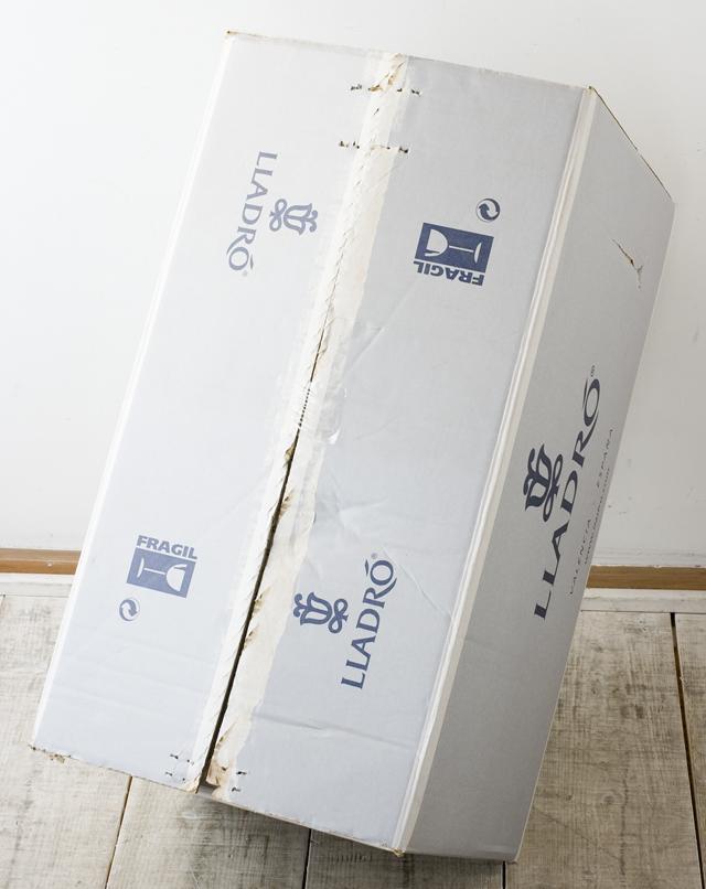 LLADRO:リヤドロの陶磁器人形:大型フィギュリン「12070|COIFFERE:コフレ|髪をすく姉妹」-42