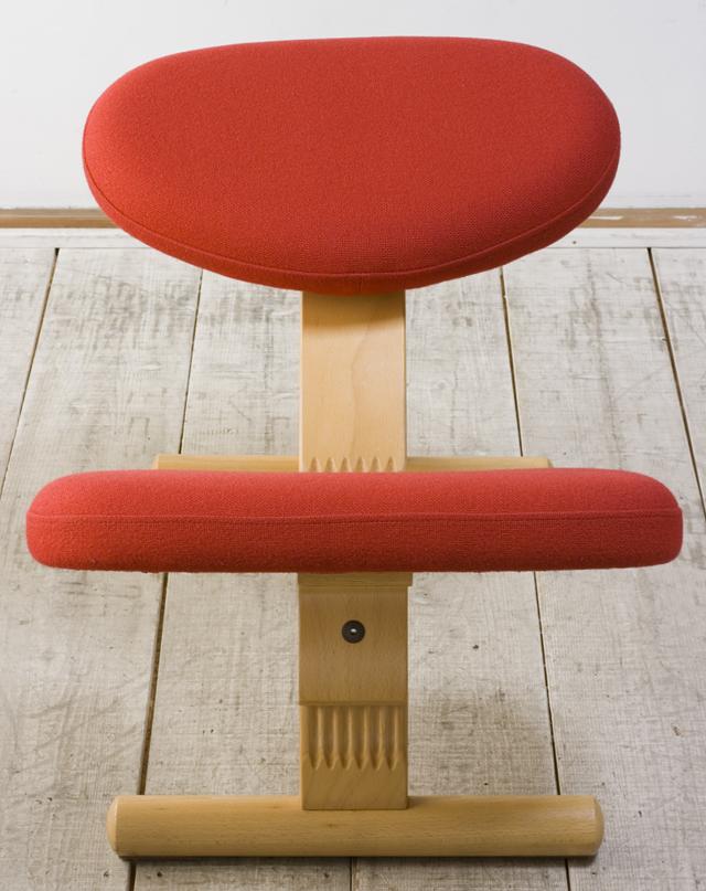 Rybo:リボ社の「Balans EASY:バランスチェア・イージー」-03