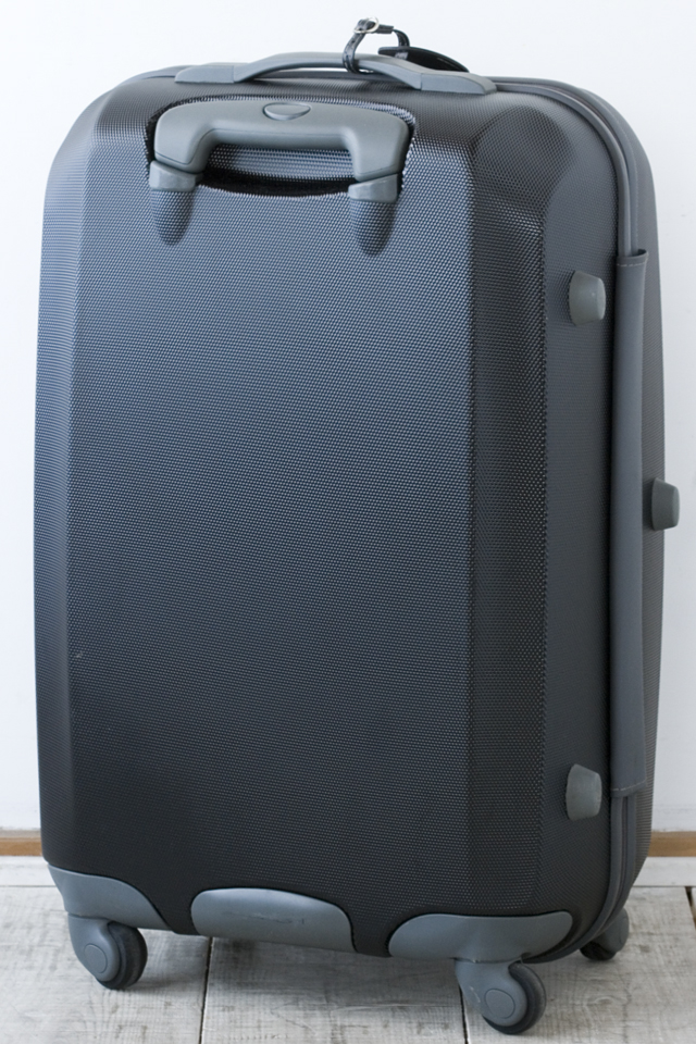 Samsonite:サムソナイトの4輪スーツケース-04