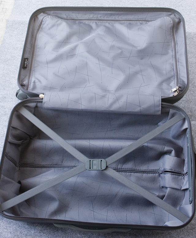 Samsonite:サムソナイトの4輪スーツケース-15