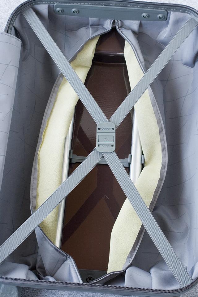Samsonite:サムソナイトの4輪スーツケース-18