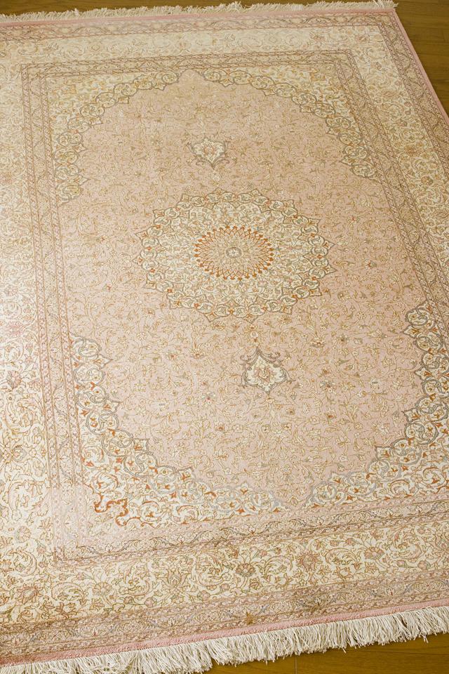 「10ノット/1cm」ピンク系高級ペルシャ絨毯-03