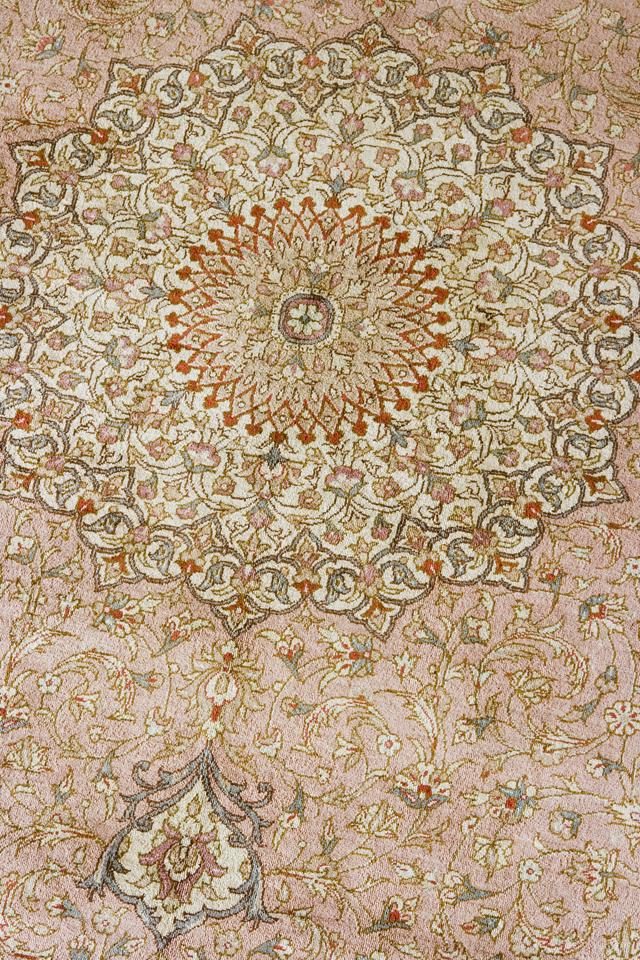 「10ノット/1cm」ピンク系高級ペルシャ絨毯-05