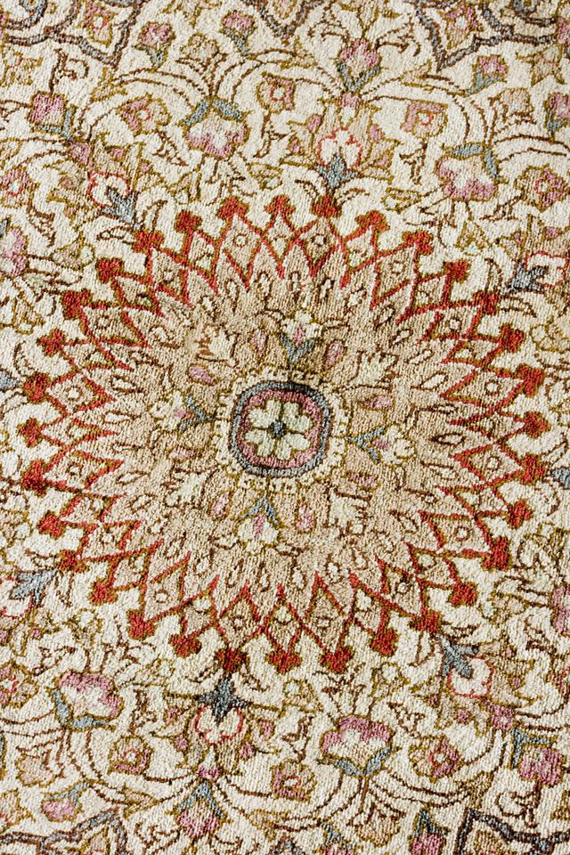 「10ノット/1cm」ピンク系高級ペルシャ絨毯-06