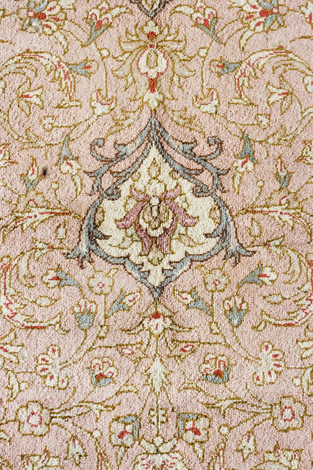 「10ノット/1cm」ピンク系高級ペルシャ絨毯-07
