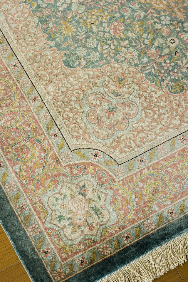 工房サイン入りのペルシャ絨毯-07