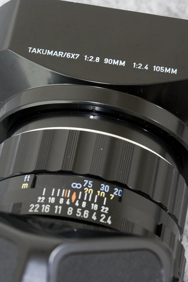 中判フィルムカメラ「ASAHI PENTAX 67:ペンタックス」TAKUMAR:タクマーレンズ105MM/1:2.4付-21