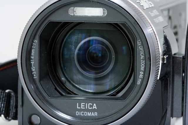 Panasonic:パナソニックのデジタルハイビジョンビデオカメラ「HDC-TM700」-03