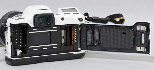 MINOLTA:ミノルタのフィルム一眼レフカメラ、ミール搭載記念限定ホワイトモデル「α8700i」-10