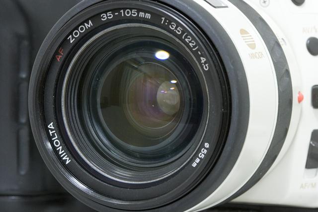 MINOLTA:ミノルタのフィルム一眼レフカメラ、ミール搭載記念限定ホワイトモデル「α8700i」-14