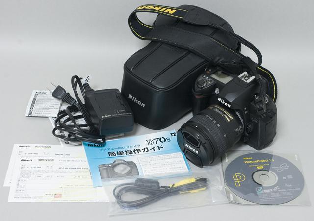 中古のNikon:ニコンデジタル一眼レフカメラ「D70sレンズキット」-01