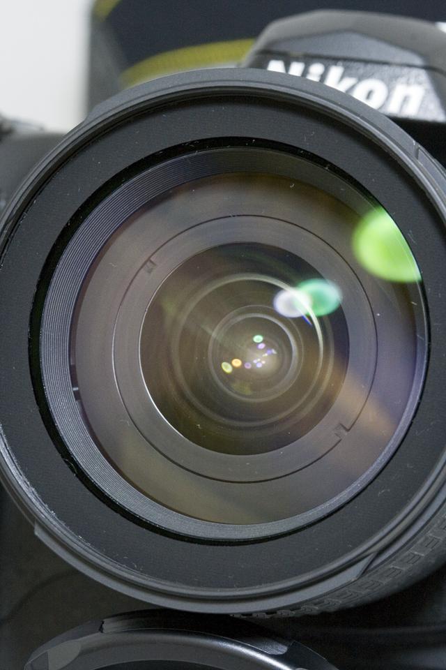 中古のNikon:ニコンデジタル一眼レフカメラ「D70sレンズキット」-03