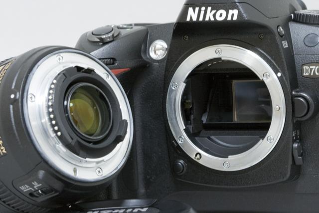 中古のNikon:ニコンデジタル一眼レフカメラ「D70sレンズキット」-04