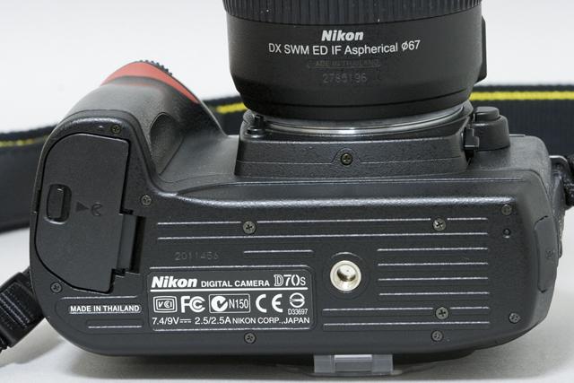 中古のNikon:ニコンデジタル一眼レフカメラ「D70sレンズキット」-13