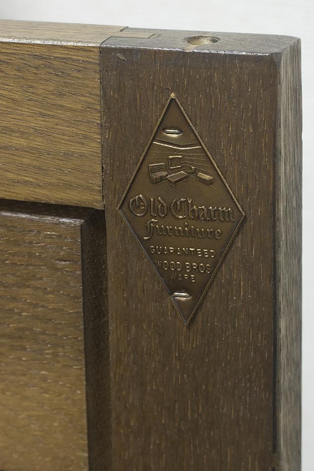イギリスアンティーク|英国家具「Old Charm Furniture:オールドチャーム社」のオーク材カップボード-20