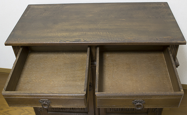 イギリスアンティーク|英国家具「Old Charm Furniture:オールドチャーム社」のオーク材カップボード-21
